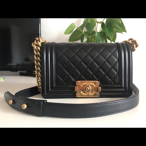 CHANEL Handbags - Chanel le boy bag small